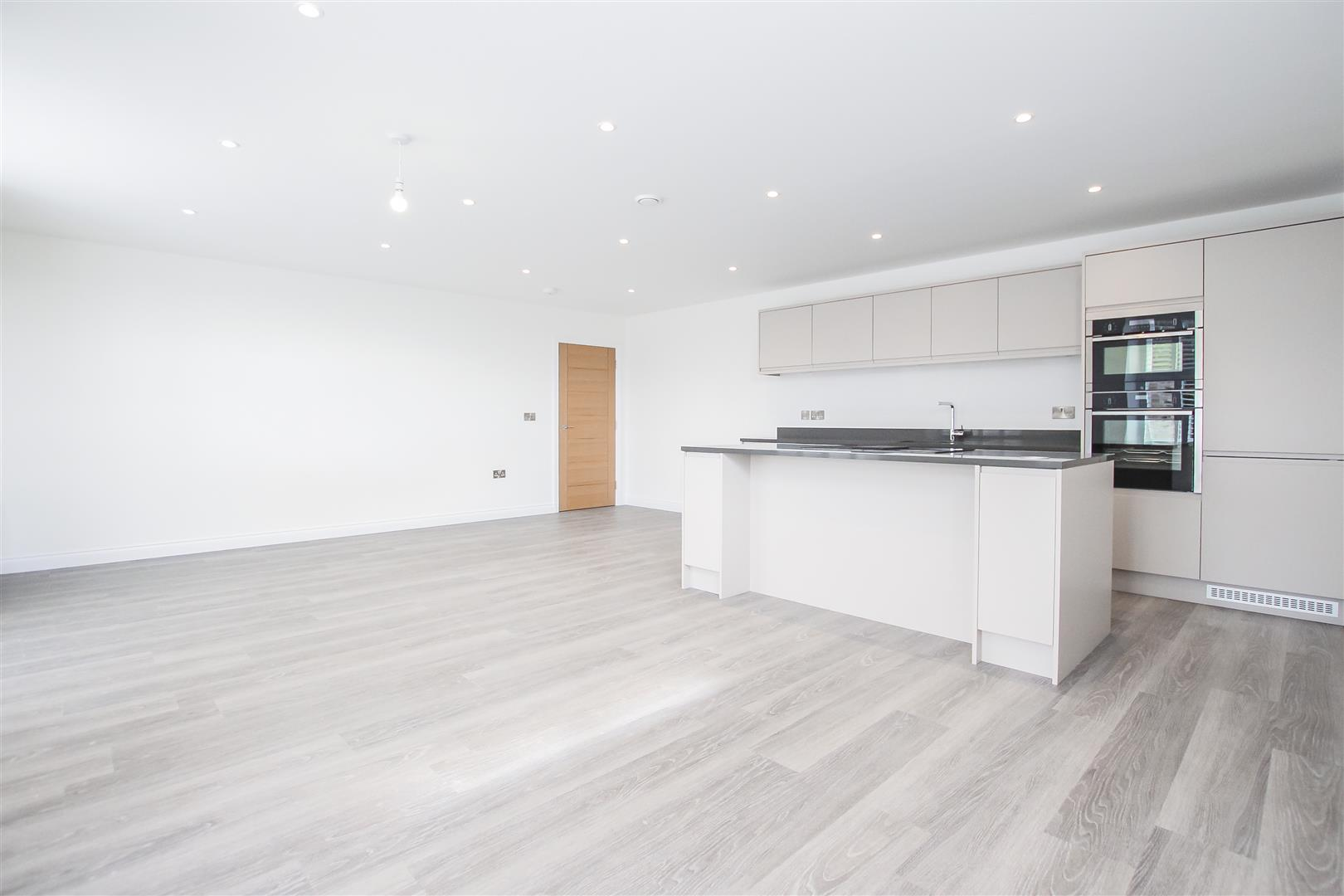 2 Bedroom Apartment For Sale - Image 2
